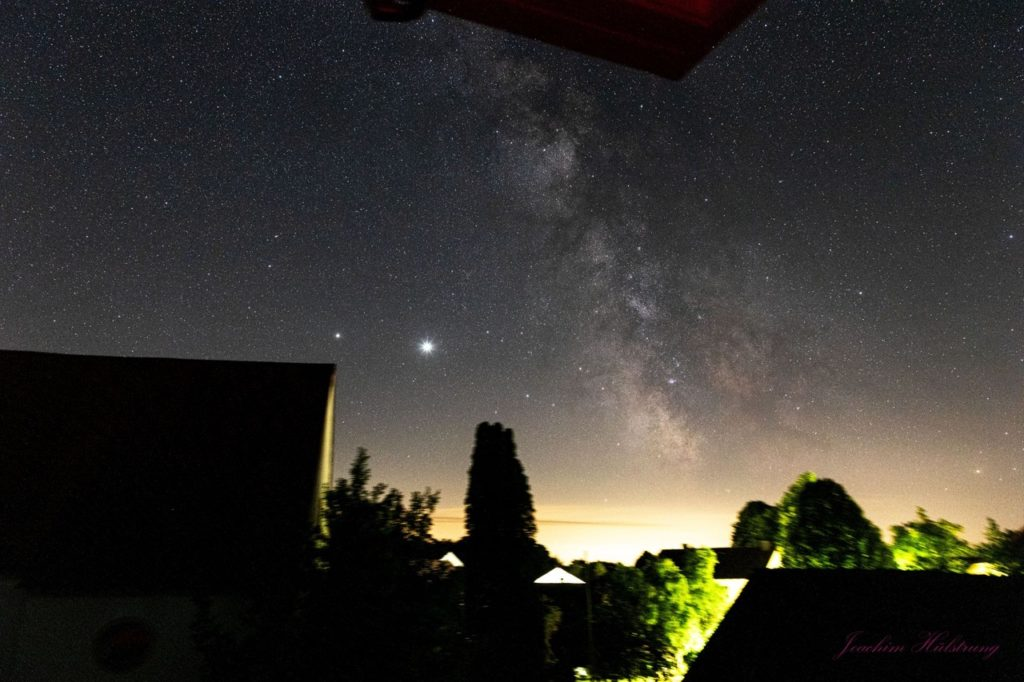 Milky Way with planet Jupiter