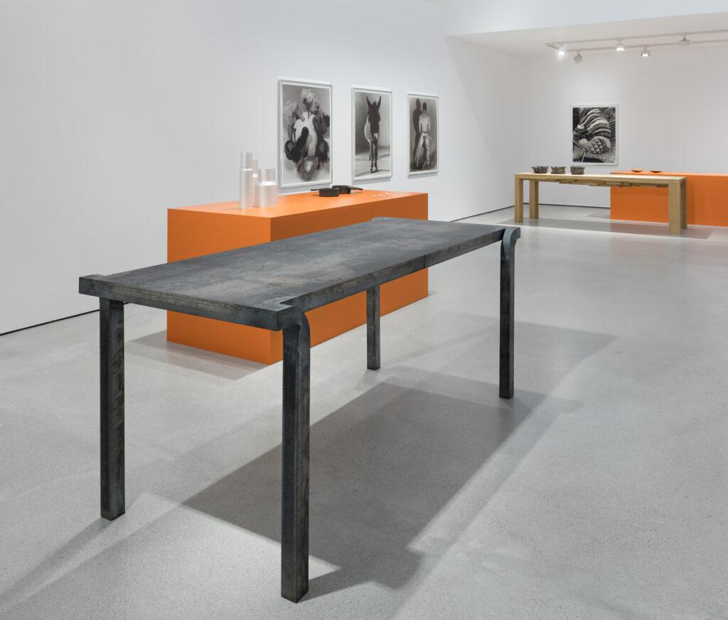 Rudolf Bott - Tischobjekt, 2020 in situ in 'plus quam...'