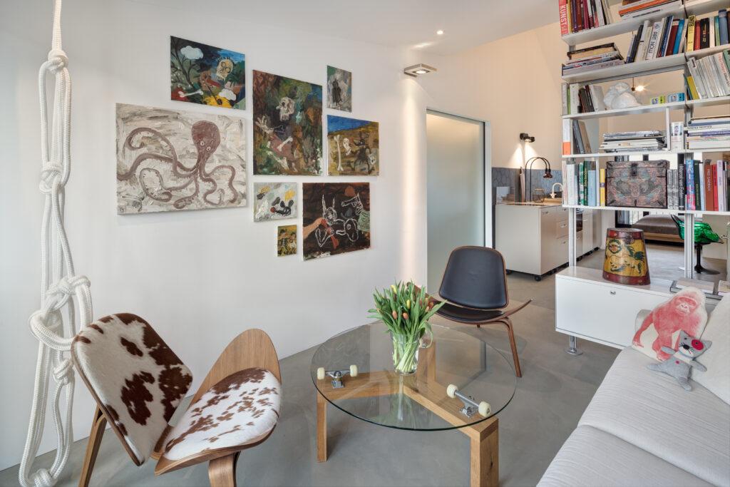 Matias Sanchez in Petersberg apartments
